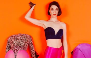 "RECENZIJA: St. Vincent – ""MASSEDUCTION"" – neočekivana avantura prve dame alternativnog rocka"