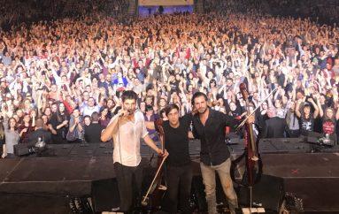2Cellos iz Varšave uspješno započeli rasprodanu europsku turneju
