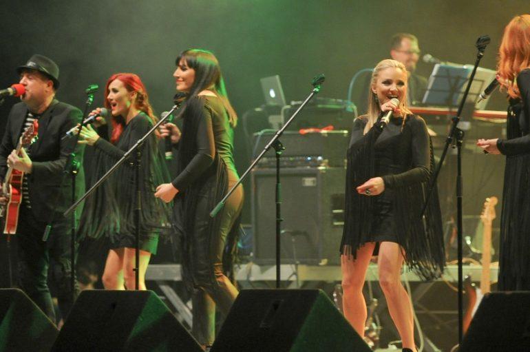 """Neno Belan i E.N.I. predstavili live izvedbu pjesme """"Prekrasan dan"""" u novom ruhu"""