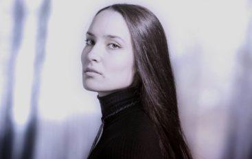 """Moćni singl zadarske kantautorice Dienne """"Put prema istini"""" inspiriran video igrama!"""