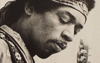 Gitara Jimija Hendrixa iz ranih 60-ih prodana za više od 1.5 milijuna kuna