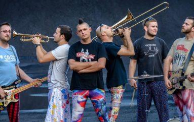 """Četvrta simfonija"" – live album za deseti rođendan Kreše i Kiselih Kiša"