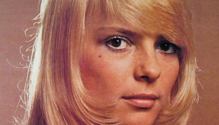 "Umrla France Gall, francuska yé-yé pjevačica poznata po velikom hitu ""Ella, Elle l'a"""