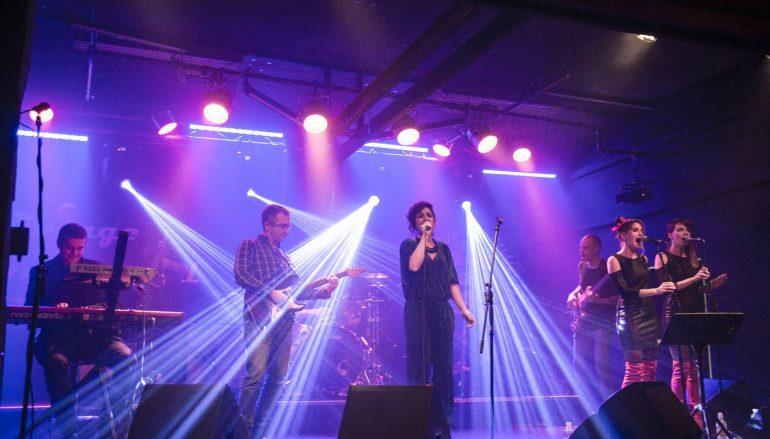 IZVJEŠĆE/FOTO: Flyer promovirali trojku na vrhunskom koncertu u Vintageu