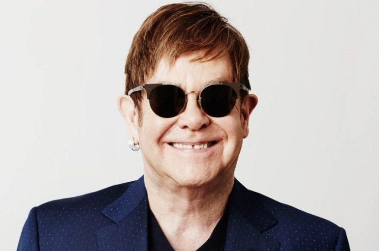 Elton John do kraja godine objavljuje prvu i jedinu službenu autobiografiju