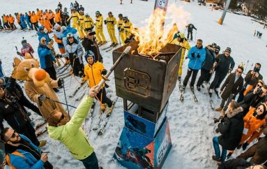 Bojan Križaj originalnom olimpijskom bakljom pokrenuo Festival 84!