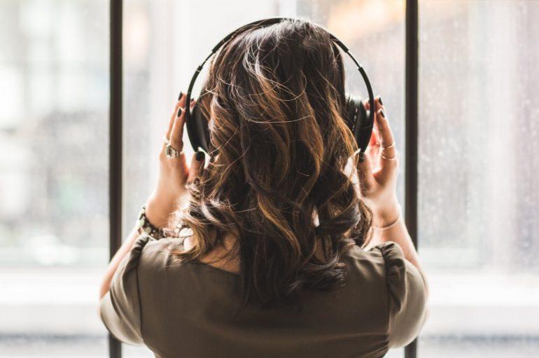 """Poznati gosti nove tribine Music Boxa! O """"Glazbi kao terapiji"""" govore dvoje stručnjaka i jedan glazbenik!"""