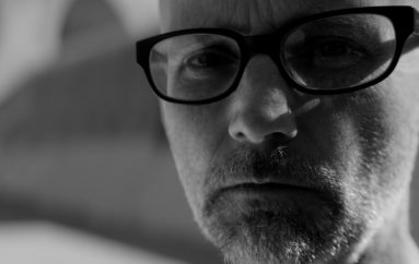 "RECENZIJA: Moby: ""Everything Was Beautiful, And Nothing Hurt"" – ""anarhija all over Baščaršija"""