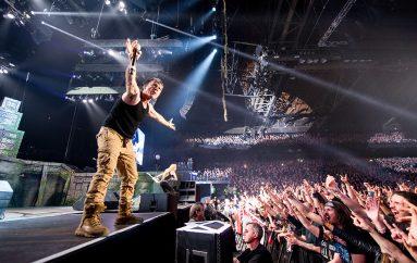 Iron Maiden – druga strana turneje: Humanitarci na djelu i dok putuju