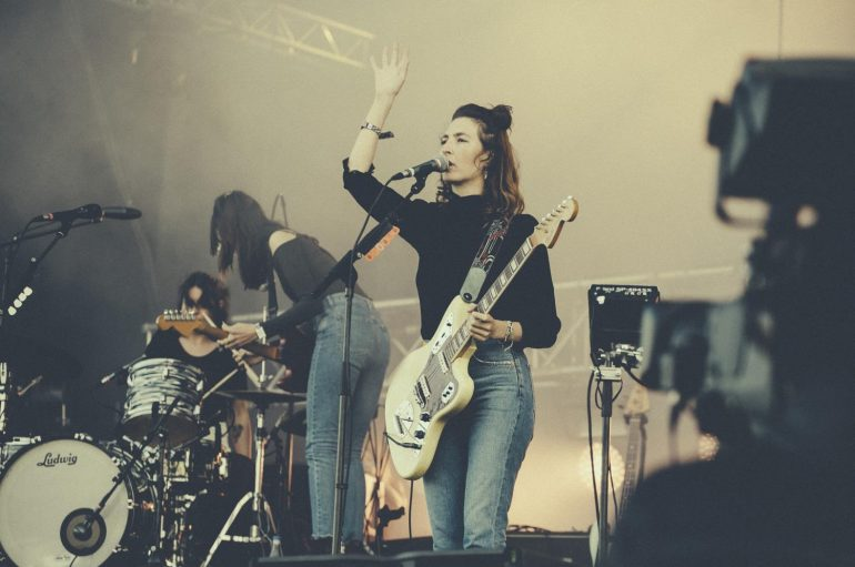 Kalifornijske indie rockerice Warpaint objavile prvi singl nakon 5 godina
