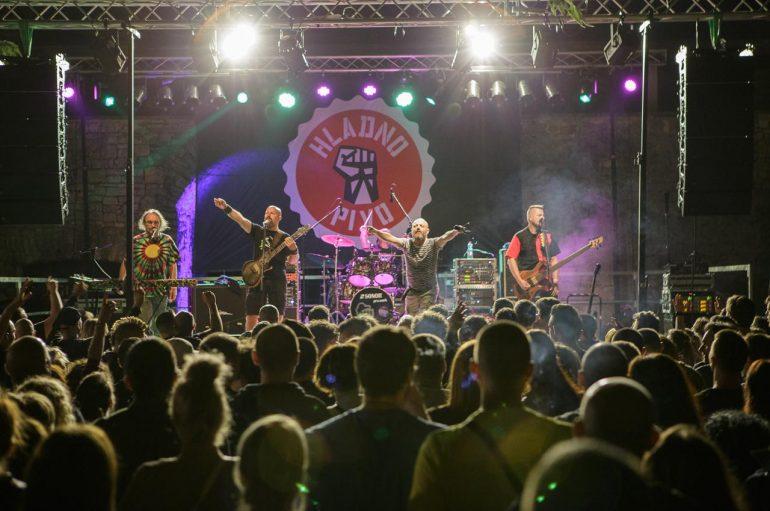 IZVJEŠĆE/FOTO:Hladno pivo proslavilo 30 godina karijere i u Puli!