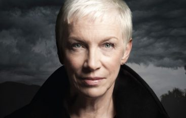 """REQUIEM FOR A PRIVATE WAR"": Annie Lennox predstavila prvu novu pjesmu u 8 godina!"