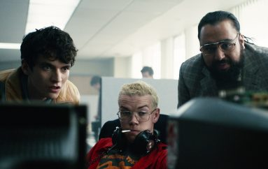 "RECENZIJA: David Slade: ""Black Mirror: Bandersnatch"" – relax, don't do it!"