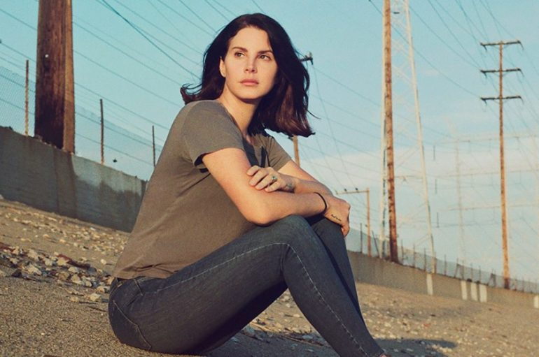 "Lana Del Rey u novoj pjesmi ""Looking for America"" odgovara na masovne pucnjave u Americi"