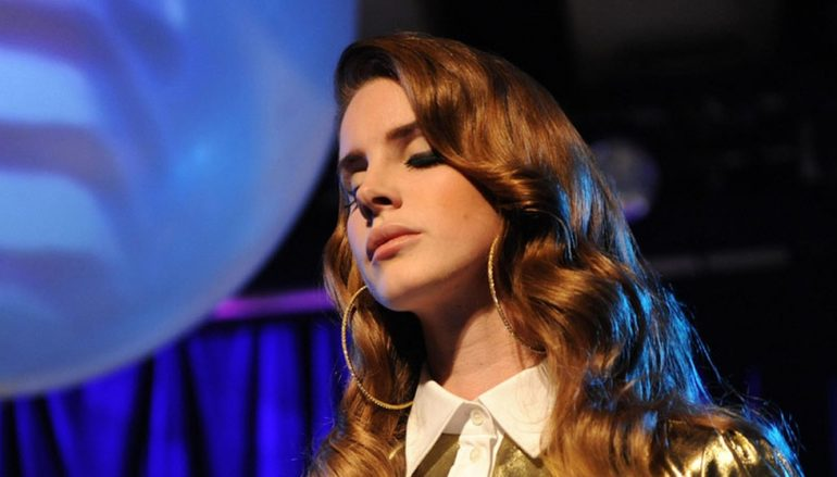"Lana Del Rey objavila video spot za dvije pjesme ""Fuck it I love you"" i ""The greatest"""