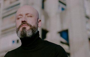 """Nakon Tonke i Aljoša Šerić objavio prvi solo album """"Što ćemo raditi do kraja života"""""""