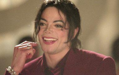 Konačno jedna pametna odluka! Michael Jackson ostaje u R'n'R Kući slavnih!