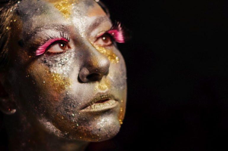 """""""Girlfriend"""" – najavni singl debi albuma glazbenice Je Veux iza koje stoji Željka Veverec"""