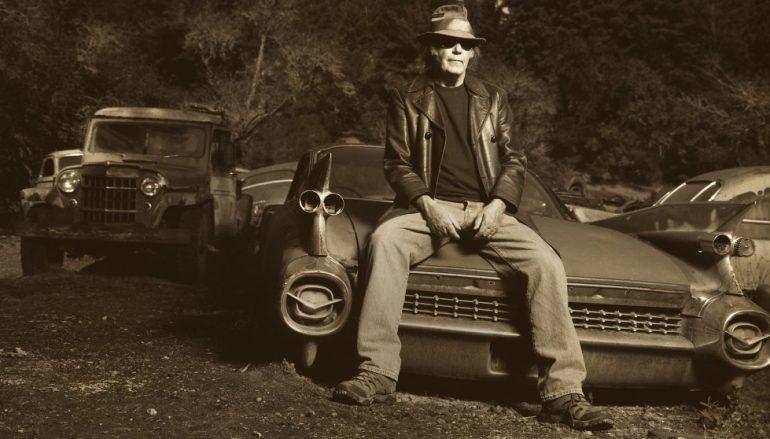 Neil Young ponovno kopa po svojoj arhivi i najavljuje objavu koncertnog albuma i filma