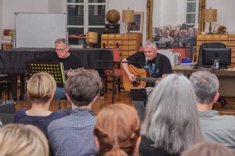 Zoran Predin koncertom i promocijom knjige obilježio Noć knjige u Dubrovačkim knjižnicama