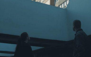 "Atmosferični trip-hop duo Black Screens sa SUN U objavio singl i spot ""Sweeter Than Ever"""