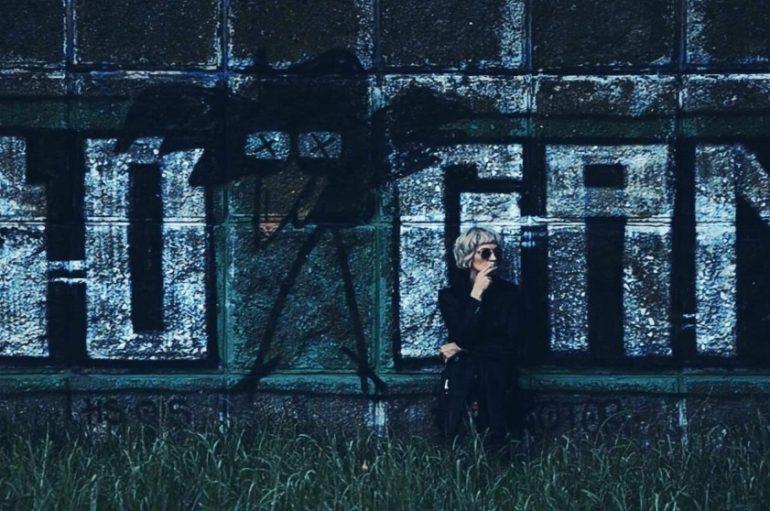 """PREMIJERA: Željka Večerin, bivša pjevačica benda K.I.P., kao Že predstavlja spot za prvi singl """"Dosta"""""""
