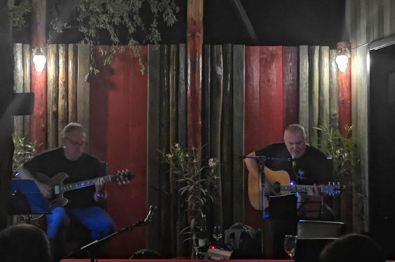 IZVJEŠĆE: Zoran Predin u Rock baru King u Đakovu – fino predi(no)vo