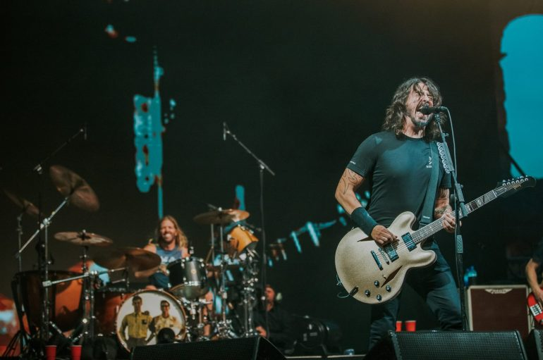 "Foo Fighters objavili spot za pjesmu ""Waiting on a War"""