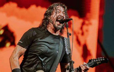 Foo Fighters otkazali obljetničku turneju