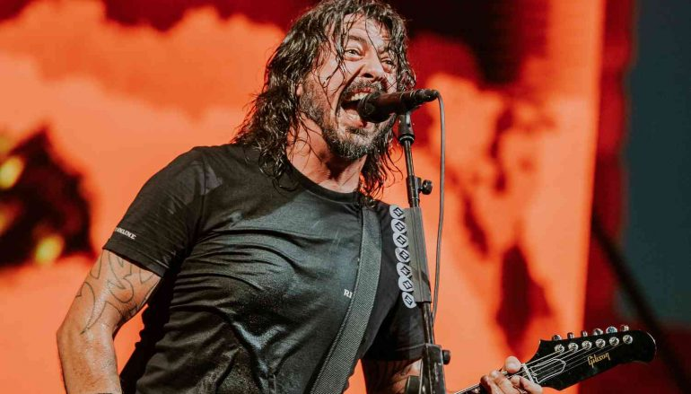 Foo Fighters otkazali obljetničku turneju