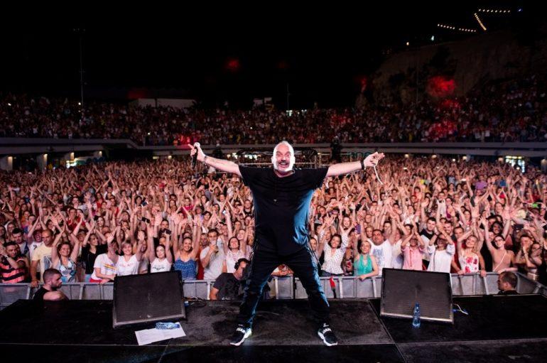 FOTOGALERIJA: Tony Cetinski koncertom na prepunom Tašmajdanu potvrdio #samoljubav!