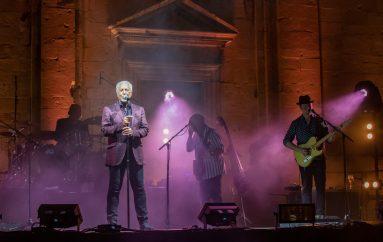 IZVJEŠĆE/FOTO: Rock and roll večer u Dubrovniku uz Toma Jonesa