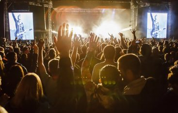 IZVJEŠĆE/FOTO: Sve je OK na OK Fest na Tjentištu – na krilima glazbe, ljubavi i pobjede!