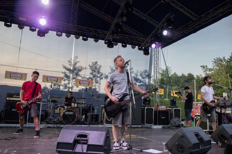 """Punk rockeri One Step Away objavili novi singl """"Sada je (naj)bolje"""""""