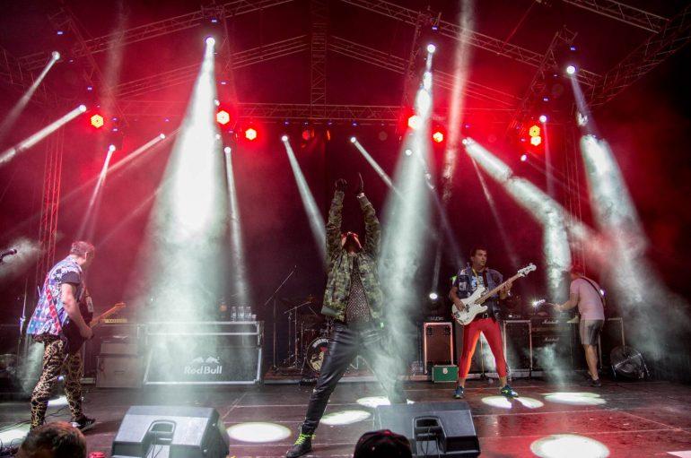 Prvi Maj Geri festival seli u Rijeku i dovodi Brkove, Po' metra crijeva i Antitodor