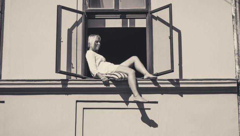 """Nina Herr nastavlja suradnju s Mikijem Solusom u novom singlu """"Nisi tu"""""""