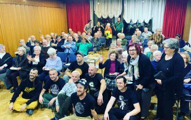 FOTO: Pogledajte kako je bilo na druženju Dubioze kolektiv i stanovnika Doma za starije i nemoćne
