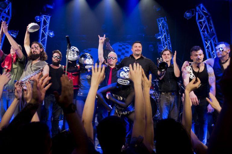 """Kawasaki 3P video spotom """"Mate Parlov (live Teatar &TD)"""" slave rođendan i sjećanje na boksačku legendu!"""