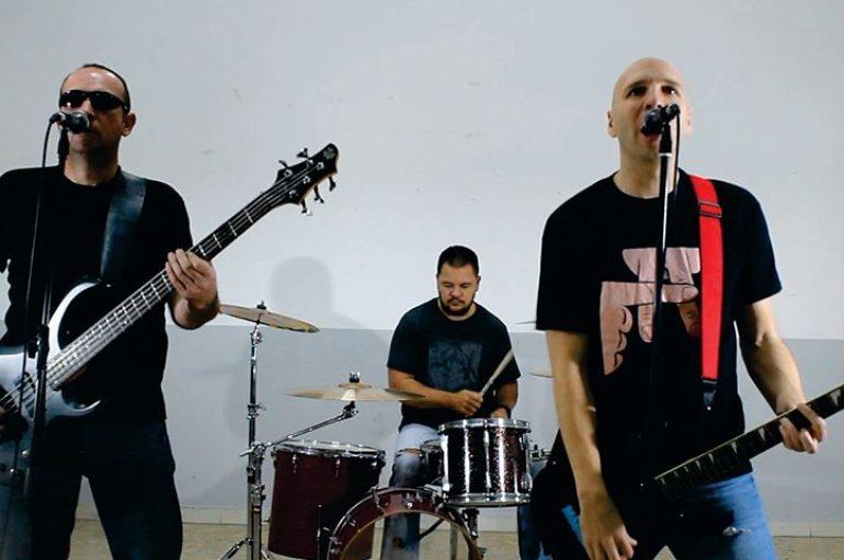 "Zrenjanski punk rockeri Madresi objavili novi singl i spot ""Ugašen svet"" s njihovog 3. albuma"