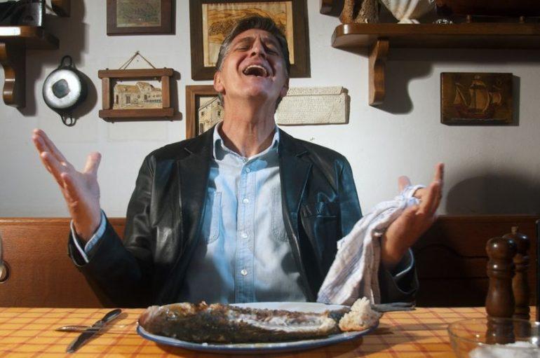 Tajanstveni Vice Versa tvrdi da je hologramom Ivu Amulića vratio u rock vode