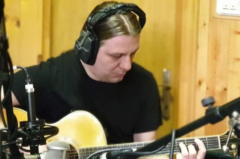 "Bruno Mičetić Quintet objavio album ""Out of the Shadow"""