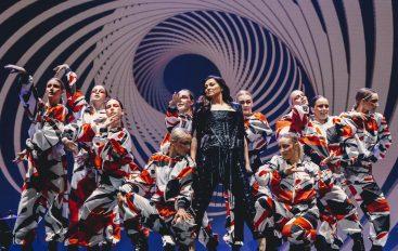 FOTOGALERIJA: Nina Badrić zablistala na najvećem koncertu karijere