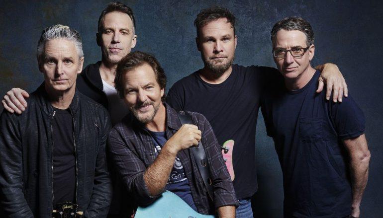 """Pearl Jam po prvi put na CD-u objavili legendarni """"MTV Unplugged"""" koncert"""
