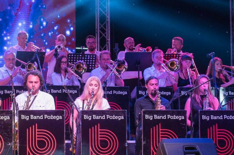 "Big Band Požega, orkestar sastavljen od glazbenih entuzijasta, u izolacijisnimio skladbu ""Birdland"""