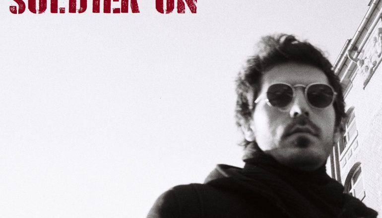Seed Holden, hrvatski princ melankolije, objavio album Soldier On na CD-u