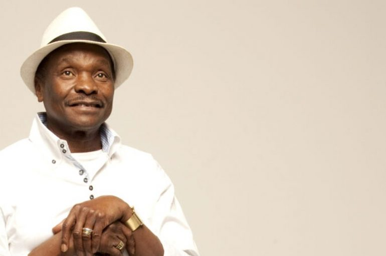 Umrla afrička glazbena legenda Mory Kanté