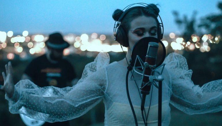 """PREMIJERA: Novi Moonlight Sessions donosi Annu Moor uživo – poslušajte live verziju pjesme """"Genovia"""""""