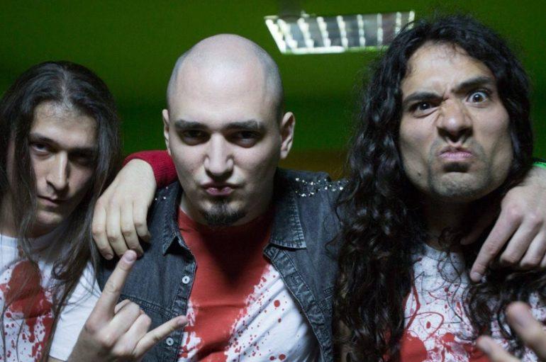 Zagrebački heavy metal trojac Flesh objavio novi singl i video spot za pjesmu Banners Will Fall
