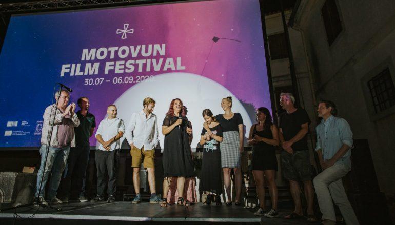 """IZVJEŠĆE/FOTO: Motovun film festival 2020.- novi početak ili kako je """"brdo"""" krenulo na put…"""
