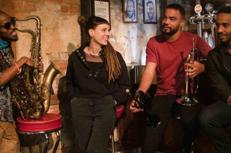 """Hrvatska jazz bubnjarka Lada Obradović u Netflixovoj seriji """"The Eddy"""" i na pratećem soundtracku!"""
